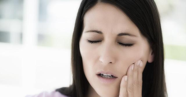 Боли в челюсти при пародонтите