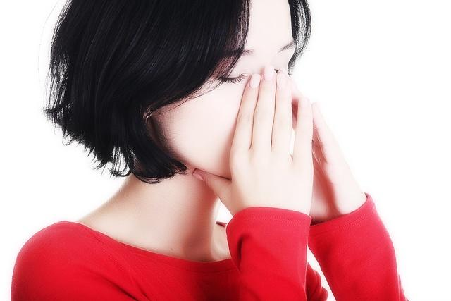 Болят глазные яблоки и голова причины